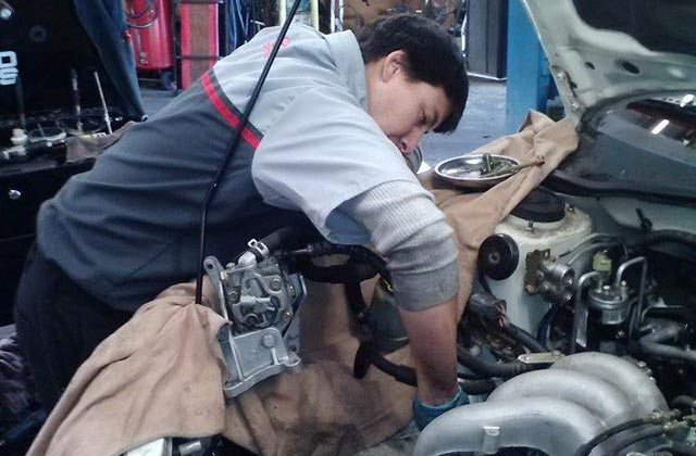 Foreign Auto Repair Mechanic